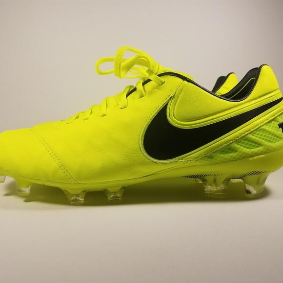 1f37ca12fce2 Nike Shoes | Tiempo Legend Vi Fg Soccer Cleats | Poshmark